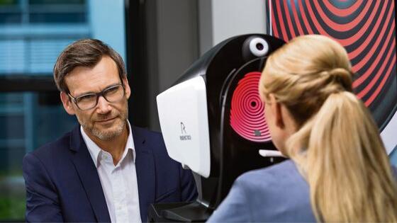 DNEye scanner bij Boonstra Brillen: uw opticien in Apeldoorn
